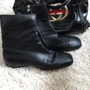Gucci 💯 auth leather ankle boots